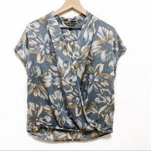 Tommy Bahama Silk Gray Floral Blouse Size Small